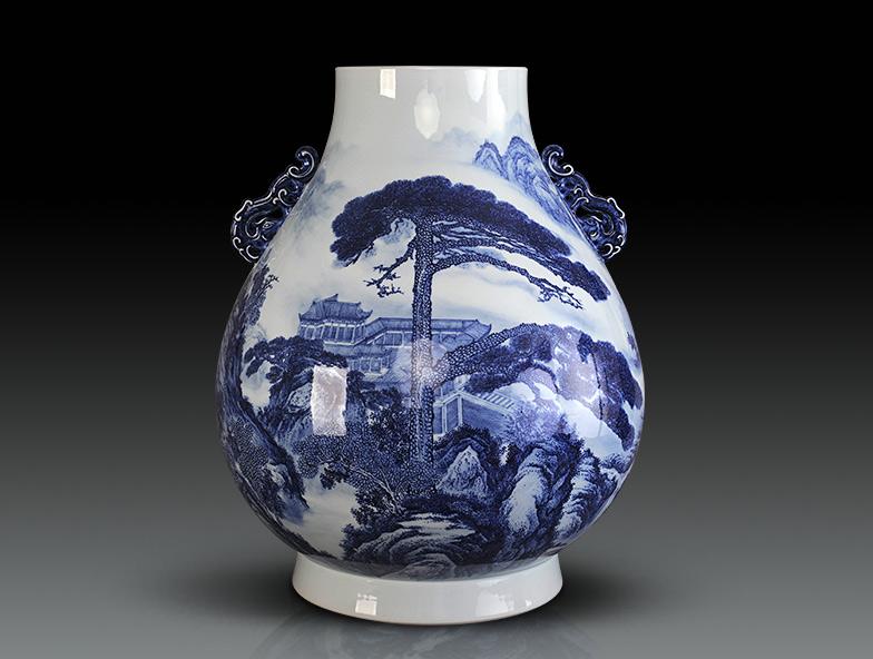 青花山水纹伏桶尊(2004年紫光阁收藏)